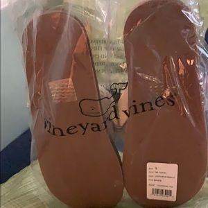 Vineyard Vines Shoes - Flip Flops